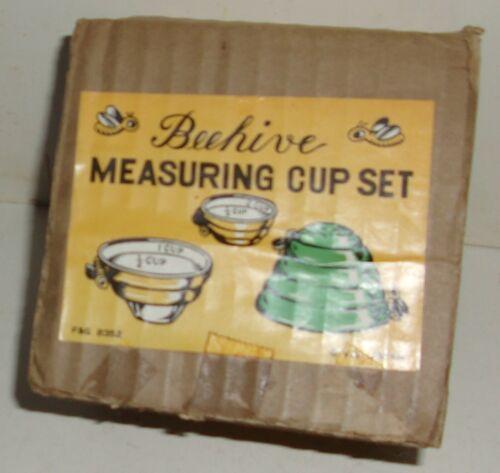 Vintage NIB V.G. Victor Goldman Beehive Measuring Cup Set in Box