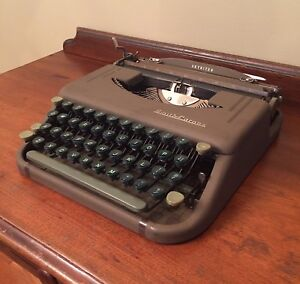 Antique Typewriter - Smith Corona 1949 Skyriter Portable