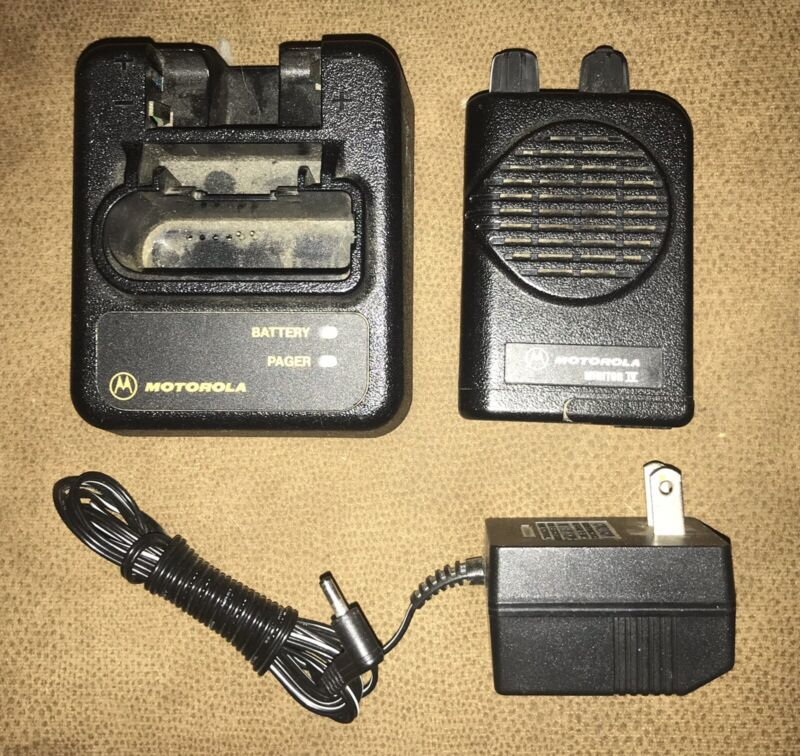 Motorola Highband Minitor 4 Stored Voice Pager on 151.450 With Charger Unit A