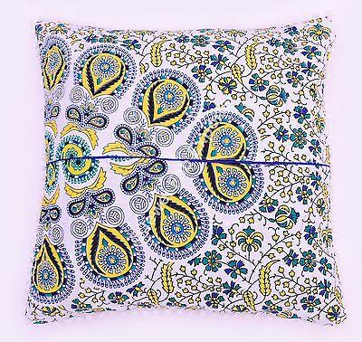 Подушка Decorative White Floral Pillow Sham