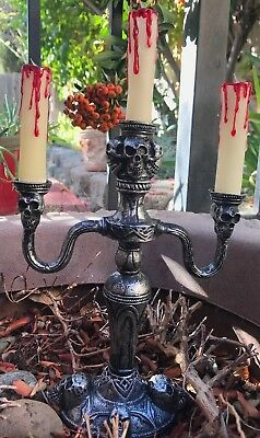 Light Up Skull Candles Halloween Decoration CANDELABRA Prop Dripping BLOOD - Skull Candelabra