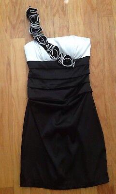 B.DARLIN BLACK WHITE ONE SHOULDER STRETCHIE COCKTAIL DRESS  SZ 3/4 for sale  Fort Lauderdale