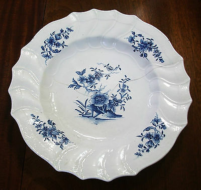 Turned 18th Large dish 39cm porcelain stretch pattern Ronda