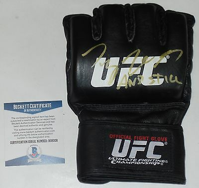 93a1728a125 TYRON WOODLEY SIGNED AUTO D UFC OFFICIAL GLOVE BAS BECKETT COA 205 VS  WONDERBOY