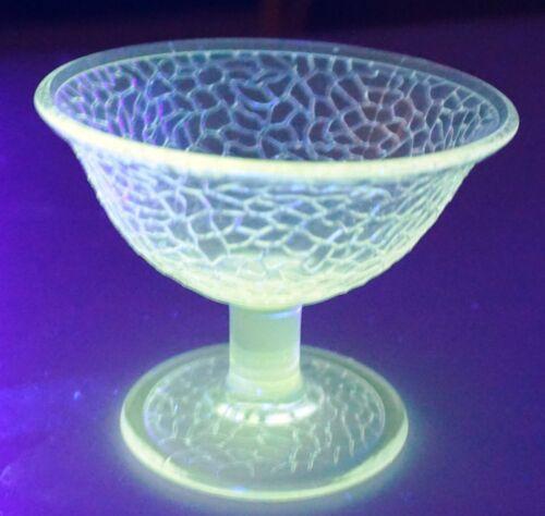 Vintage L E Smith Clear Uranium Depression Glass Crackle Sherbet Excellent !