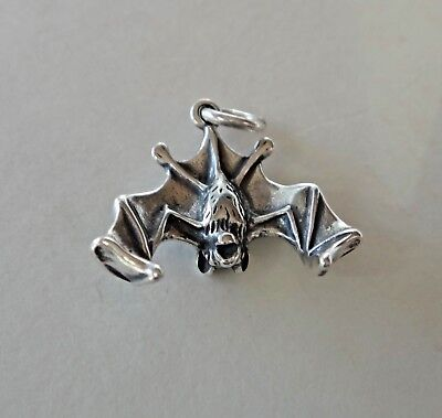 Sterling Silver Halloween 3D 16x16mm Vampire Fruit Bat Charm! ()