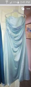 Alfred Angelino sung Size 16 bridesmaid dress