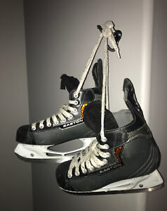 Women's/ men's Hockey Skates