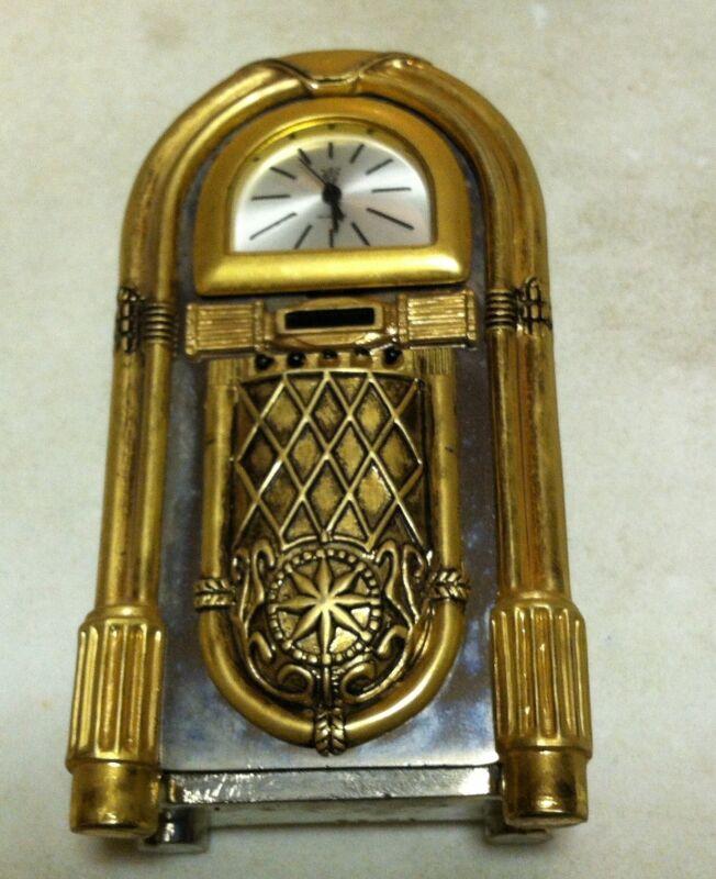Juke Box - with clock face