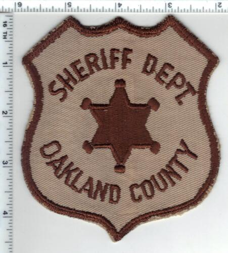Oakland County Sheriff (Michigan) Uniform Take-Off Shoulder Patch early 1980