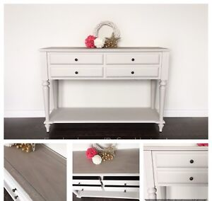 Bombay SideTable /Console Table