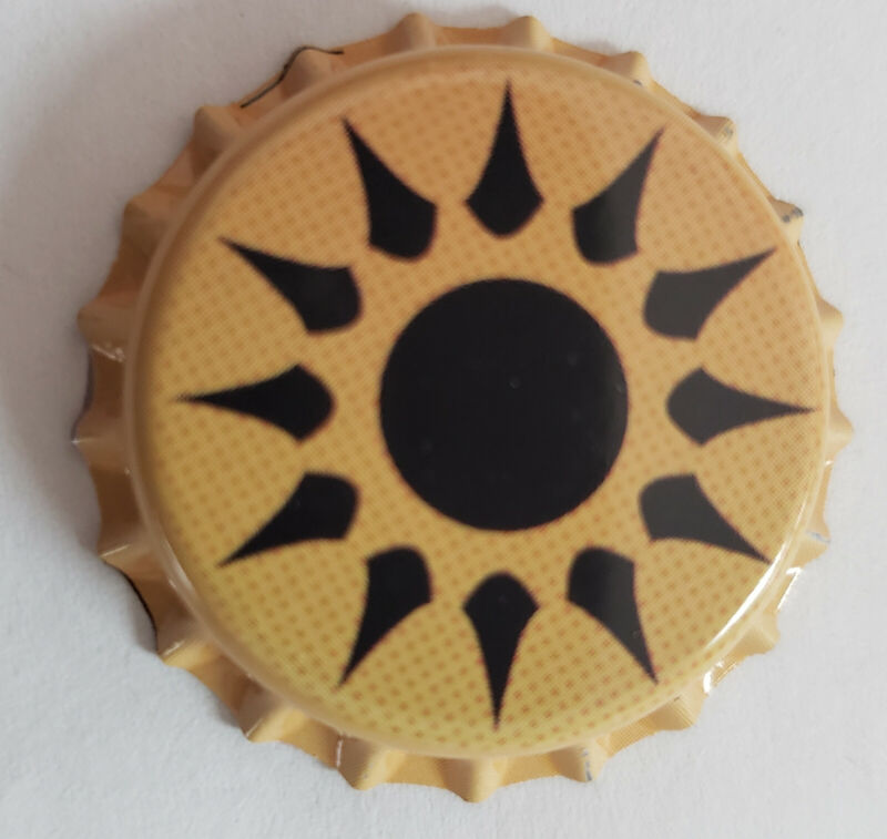 100 Yellow Beer Bottle Crown Caps Sun Star (Unused)