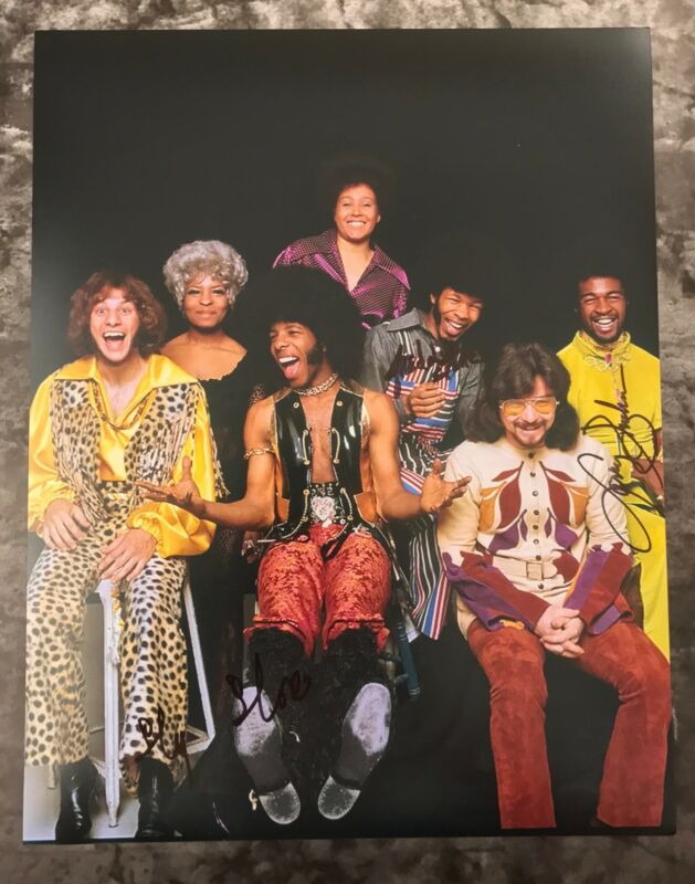 GFA Larry Freddie & Sly * SLY AND THE FAMILY STONE * Signed 11x14 Photo AD4 COA