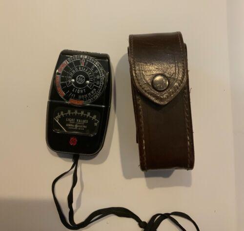 GE Exposure Meter Model 8DW58Y4 Light Values Leather Case VTG General Electric