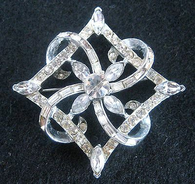 DIAMOND SHAPE RHINESTONE PIN BROOCH SILVER TONE VINTAGE PRONG SET SIGNED CORO