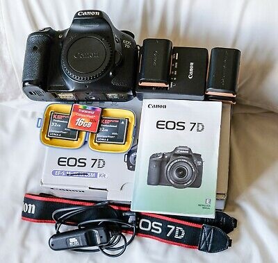 CANON 7D Mk1 BODY, BOXED, WITH EXTRAS