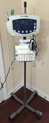 Welch Allyn 300 Series 53xxx Vital Signs Monitor Nibp Spo2 Temp Iv Stand