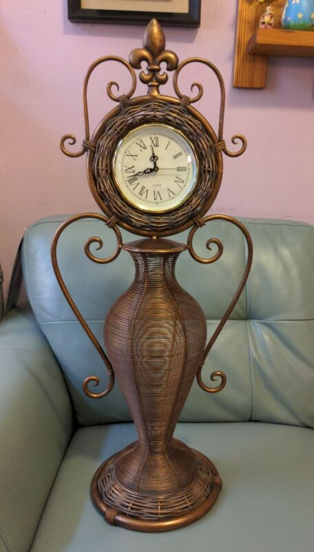 metal/wood clock