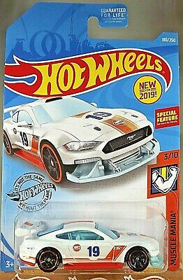 2019 Hot Wheels #180 Muscle Mania 3/10 CUSTOM 18 FORD MUSTANG GT Gulf White Vari