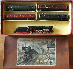 MARKLIN-H0-F-846-4-Doble-Pack-Tren-con-locomotora-de-Vapor-800-BR-10-097-4-Vagon