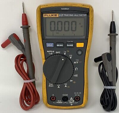 Fluke 117 Digital Multimeter With Intergrated Voltage Detection