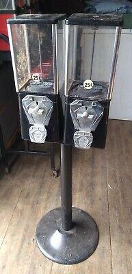 Double Head Bulk Vending Gumball Capsule Candy Machine Amusement Retail Food