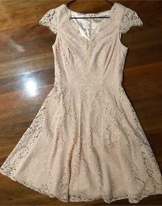 Review light dusty pink lace dress. Size 8. EUC