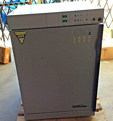 Napco 6000 Co2 Water Jacketed Incubator