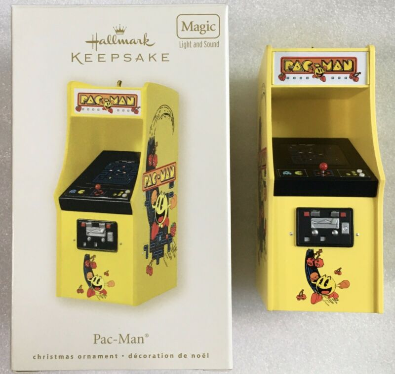 2008 Hallmark Keepsake Ornament Pac-Man Arcade MAGIC Light & Sound NEW Box Wear