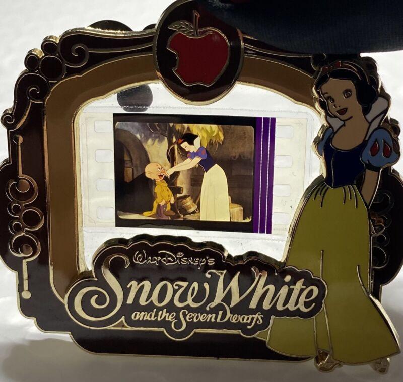 PIECE OF DISNEY MOVIES SNOW WHITE SEVEN DWARFS RARE DOPEY LE 2000 PODM 81950