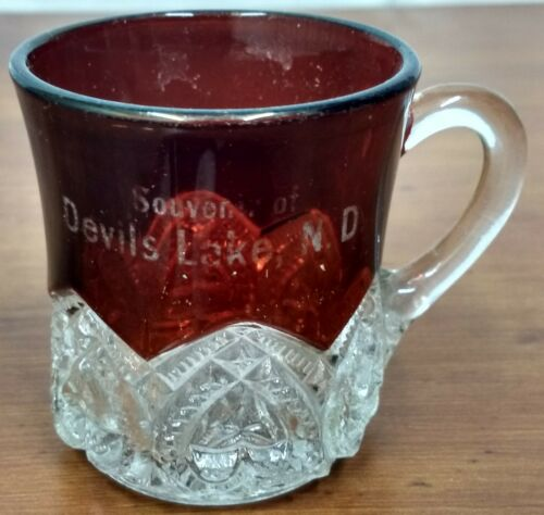 EAPG Souvenir DEVILS LAKE ND North Dakota Ruby Stained Heart Band Glass Cup MUG