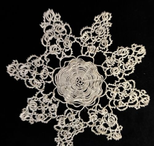 """Rare Antique Hand Made Elaborate Incredible Tatting Lace Doily 8 3/4"""" across"""