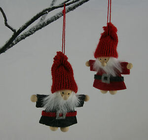 2-Traditional-Vintage-Chic-Felt-Wood-Father-Christmas-Santa-Tree-Decorations