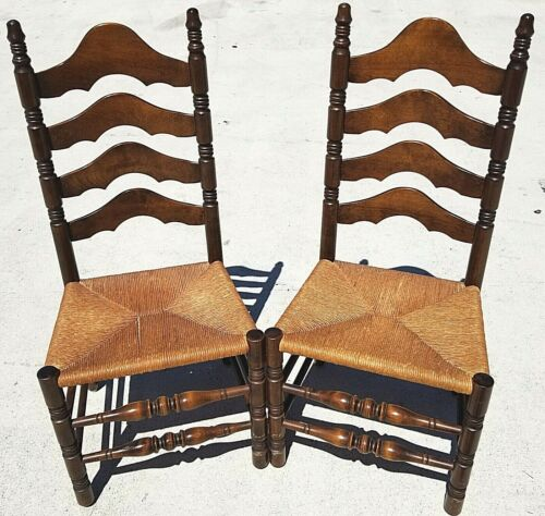 (2) Vintage Rustic Farmhouse Walnut Ladderback Dining Accent Rush Seat Chairs