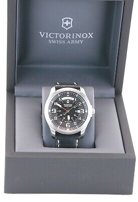 VINTAGE VICTORINOX SWISS ARMY MEN'S 241397 INFANTRY Day/ Date AUTOMATIC WATCH . Mens Infantry Vintage Watch