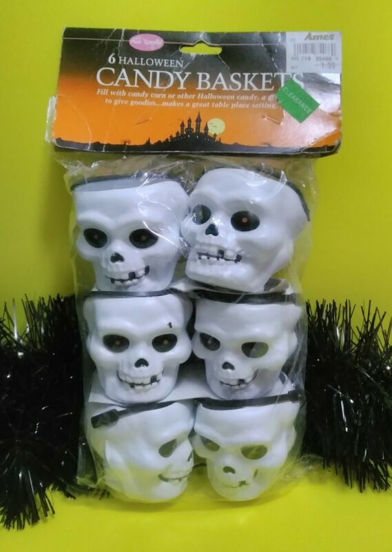 6 Vintage Halloween Skull Blow Mold Candy Cups Fun World Party💀