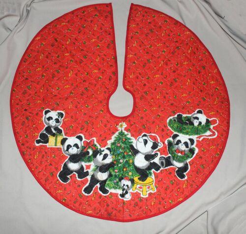 "Vintage Panda Bears Christmas Tree Skirt Red Quilted Fabric 35"" Diameter"