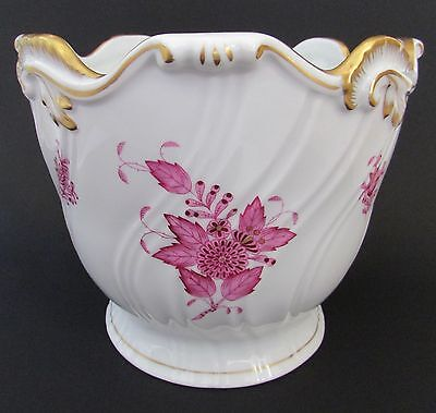 "HEREND ""Chinese Bouquet"" Raspberry Ribbed Gilded Cache/ Flower Pot MINT"