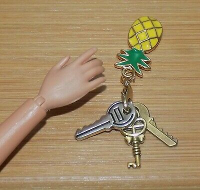 BARBIE DOLL PINEAPPLE CAR KEYS KEYCHAIN FASHIONISTA DREAMHOUSE MODEL INTEGRITY