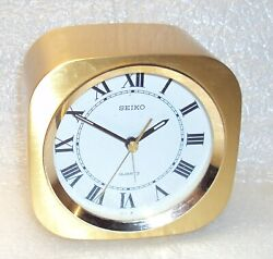 Vintage Seiko Quartz Alarm Clock QP005G Japan 4 x 4 x 2 1/2  Working