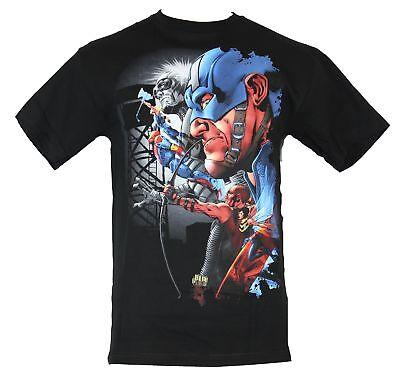 The Avengers  Mens T-Shirt - Captain America Giant Face & Flying Friends