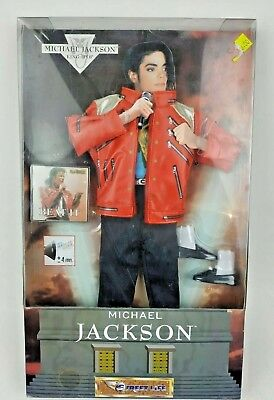 RARE 1997 MICHAEL JACKSON OUTFIT BEAT IT FOR SINGING DOLL STREET LIFE NEW ! ()
