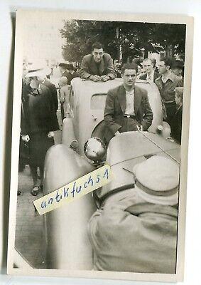 Foto: Auto-Rennwagen Rast beim Auto-Rennen 1939, H.von Hanstein