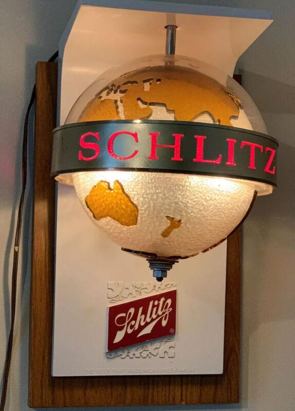 VINTAGE 1968 Schlitz Beer rotating lighted hanging electric globe sign