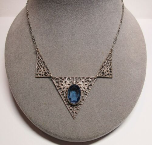 """1920s 1930s Deco Pierced Filigree Blue Faceted Glass Stone 16"""" Choker Necklace"""