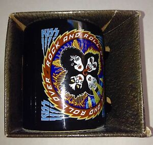 Kiss 12 oz Ceramic Mug NIB