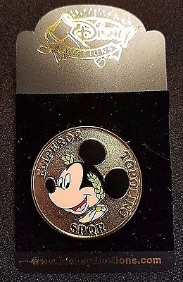 (VERY RARE 2004 DISNEY AUCTIONS ROMAN GOLD MEDALLION SERIES MICKEY PIN LE 500)