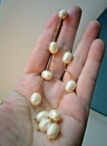 >> GORGEOUS 14K Gold BAROQUE PEARL 11 Station Necklace FIGARO Chain from ITALY