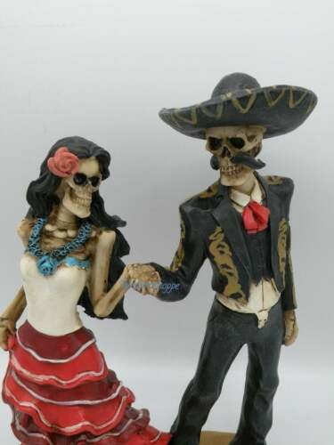 """Day Of The Dead ( Lets Tango) Bride And Groom Skeleton Couple Statue 11"""" 5 Tall"""