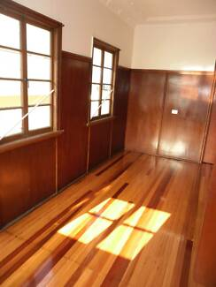 4+ bedroom house Tweed Heads  808m to beach, excellent location